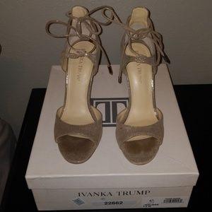 Ivanka Trump Women's Holidae Dress Sandal 7.5